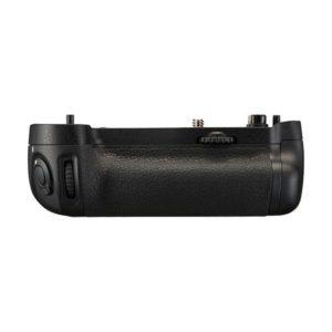 battery grip mb d16